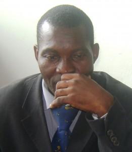 LA NOUVELLE PERSPECTIVE: Bimensuel d'information Récépissé de déclaration N°071/RDJ/C16/BAPP du 03 septembre 2012 à Nkongsamba bem-buro5-261x300